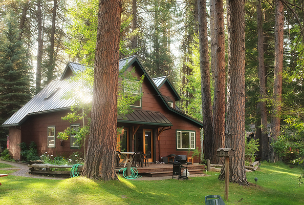 Metolius River Lodge Cabins.