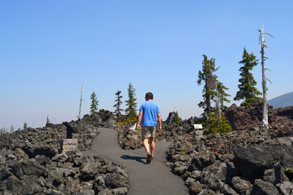 A day trip down the McKenzie River area and a tour of the lava fields.