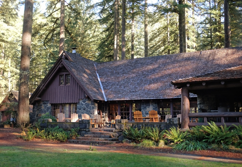 The Lodge at Silver Falls…had a great lunch here and ran into a bunch of my old students, now in middle school, hiking with their boy scout troop. Fun afternoon!